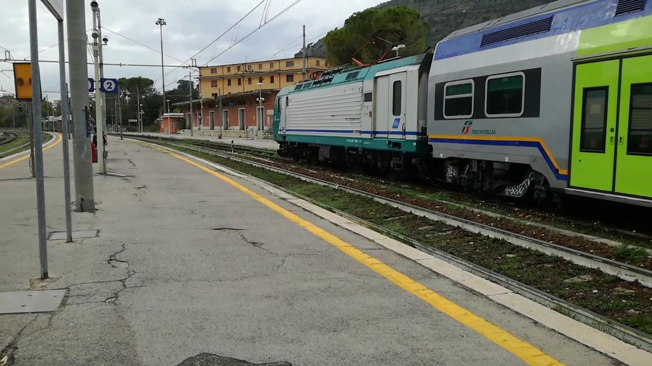 Treno REG 2303 Roma Termini - Benevento in arrivo a ...