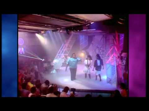 Farley Jackmaster Funk - Love Cant Turn Around TOTP (HQ) 1986