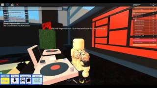 Becoming The Rock Dwayne Johnson in roblox