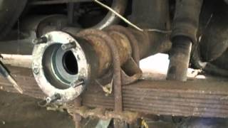 1960 Chrysler Imperial/Le Baron #6 Rear Axle oil seal and axle Installation