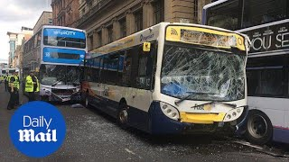 Runaway bus causes chaos after ploughing into traffic in Glasgow - Daily Mail