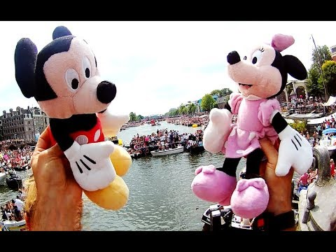 Mickey and Minnie celebration Canal parade Amsterdam 2018 di