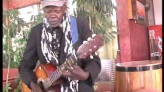 ANCENT MUNYAMBU   SERAH WIWAKWA  01