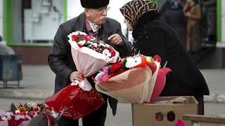 <span class='as_h2'><a href='https://webtv.eklogika.gr/imera-tis-gynaikas-diadiloseis-poreies-kai-loyloydia' target='_blank' title='Ημέρα της Γυναίκας: Διαδηλώσεις, πορείες και λουλούδια'>Ημέρα της Γυναίκας: Διαδηλώσεις, πορείες και λουλούδια</a></span>