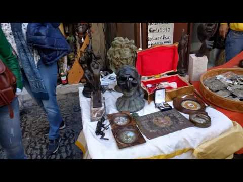AN ANTIQUE SHOP - NAPLES