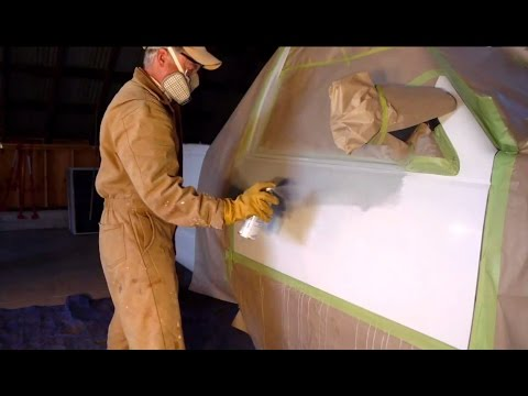 how to use spray cans to touch up car paint scratches like a pro. Black Bedroom Furniture Sets. Home Design Ideas