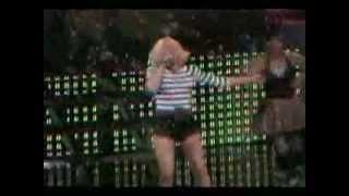 Gwen Stefani - Bubble Pop Electric