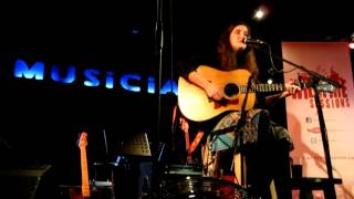 Edith and the Kingpin Joni Mitchell live solo acoustic guitar cover by Corinne Lucy