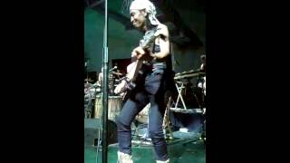 Full Gitar Totok Tewel Badut-Badut Sirkus Barock 16 Des 2013 TBY Yogyakarta.mp3
