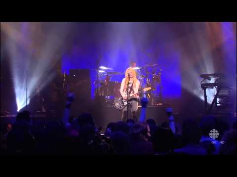 Avril Lavigne - Live in Calgary (Canada)  02/04/2007