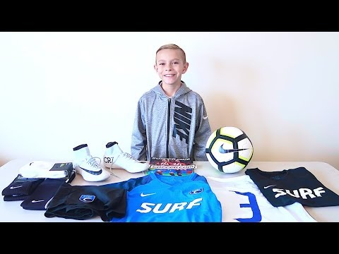 ⚽️NEW Soccer Team Uniform And Gear Unboxing!⚽️