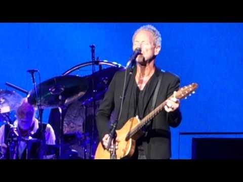 Fleetwood Mac - Bleed To Love Her (Melbourne, 02.11.2015)