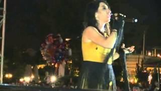 Yaza Merhaba Konseri, Hande Yener, Piyano Menderes Türel