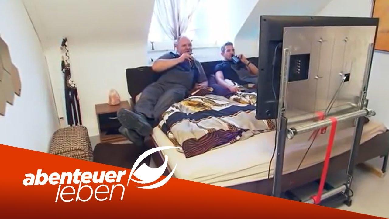 Einfach Und Günstig Selber Bauen: DIY Fernseher Unterm Bett | Abenteuer  Leben | Kabel Eins   YouTube