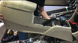 How To Remove Center Console Honda Accord In Order To Replace Gear Box Shifter or Hand Brake Lever