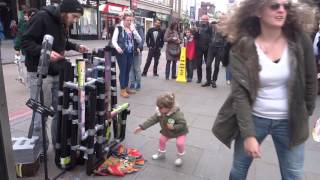 Baixar - Amazing Pvc Pipe Guy Style Flip Flop Drummer Playing House Trance Techno In Camden Market London Grátis
