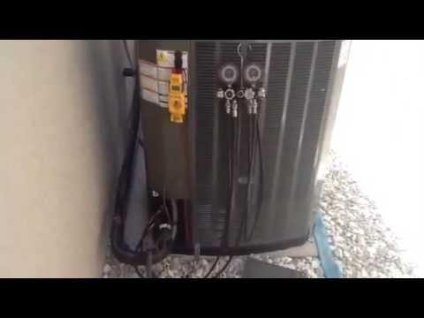 HVAC charging Trane XL 20i