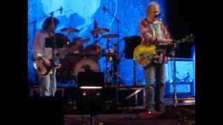 neil young cinnamon girl live 2013 Bimbadgen