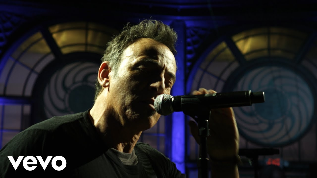 Download Bruce Springsteen - Racing in the Street (Live At The Carousel, Asbury Park, NJ - 2010)