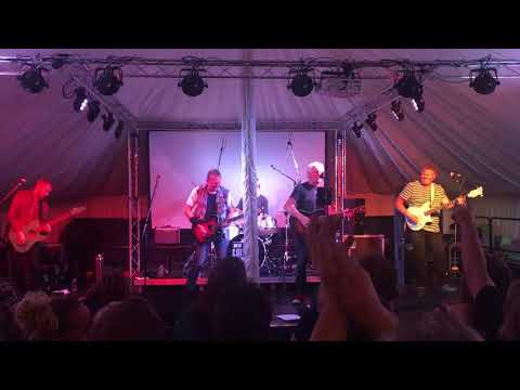BIG COUNTRY LIVE @ THE ABERDOUR MUSIC FESTIVAL, FIFE, SCOTLAND 03/08/18 JUST A SHADOW