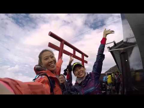 「微笑是世界共通的語言」 林又立與林可彤女生的富士山登頂之旅