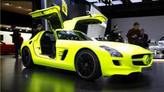 Mercedes Benz SLS AMG E-CELL 2011 Videos
