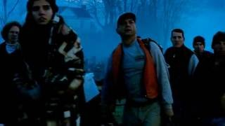 War Of The Worlds - 2005 / Fight Tripod