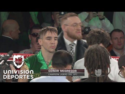 Michael Conlan apoyado en el cuadrilátero por Conor Mcgregor en un día muy importante