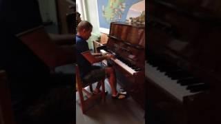 Пираты Карибского моря на фортепиано)