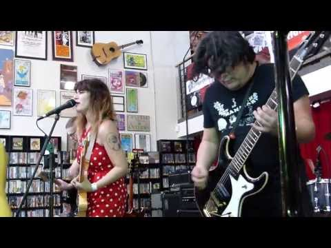 Best Coast - When I'm With You LIVE HD (Record Store Day 2013) Long Beach Fingerprints