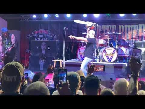 Jackyl - The Lumberjack - 10-12-2019. Cotee River Bikefest. New Port Richey FL