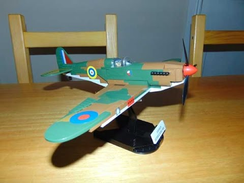 cobi-hawker-hurricane-mk1,-small-army-unboxing,-build-and-review