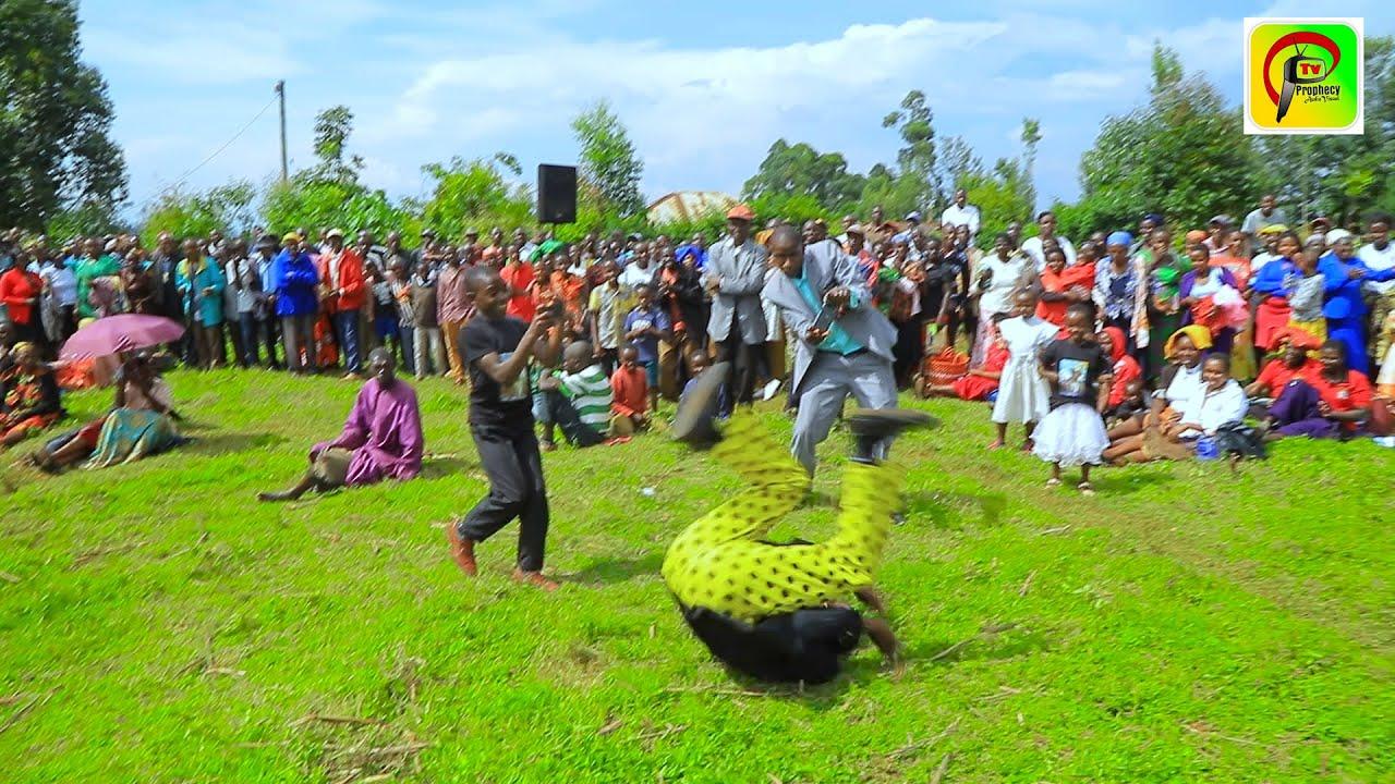 Download Ngai ngokengana nkore egento by Embarambamba
