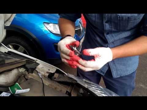 Видео инструкция, Замена лампы ближнего света на ford focus 3 Форд Фокус 3