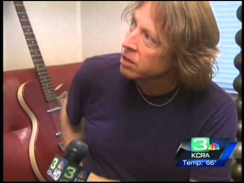 Lincoln High School Performs with Foreigner Thumbnail image
