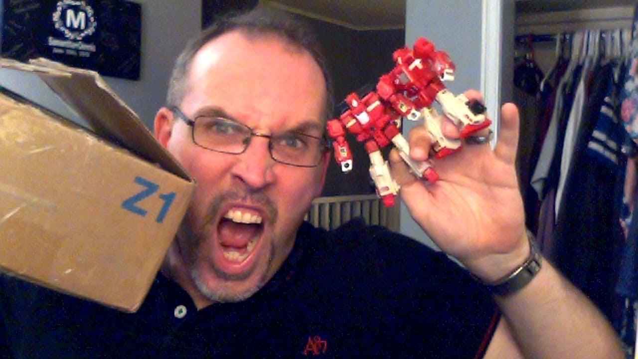 GotBot Goes Live: Pulsecon, Devastators, Scorponok News and an Unboxing!