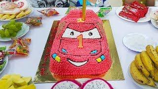 Birthday Party with McQueen Car Birthday Cake, Tiệc Sinh Nhật với Bánh Sinh Nhật ô tô McQueen