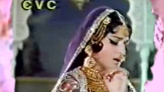 Pakistani film star Rani Pkg by Rizwan Shahid Aaj news.mp4