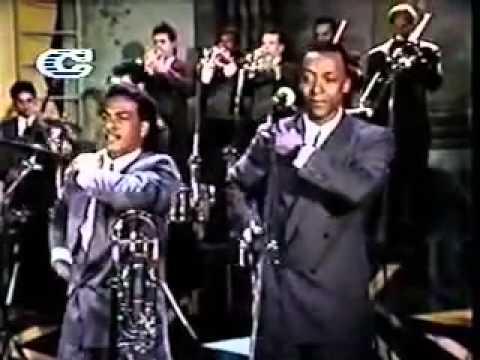 orquesta guayacan oiga mire vea