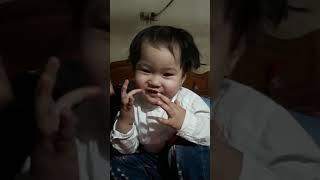 Nhanh như chớp nhí  .. bé 17 tháng tập nói nhanh như chớp