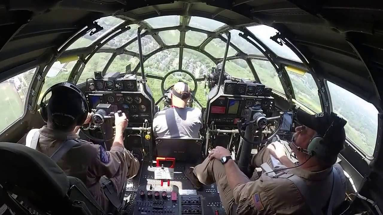 B 29 Inside B-29 Superfortress in ...