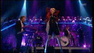 Robyn - Fembot (Live Skavlan 2010) Best version