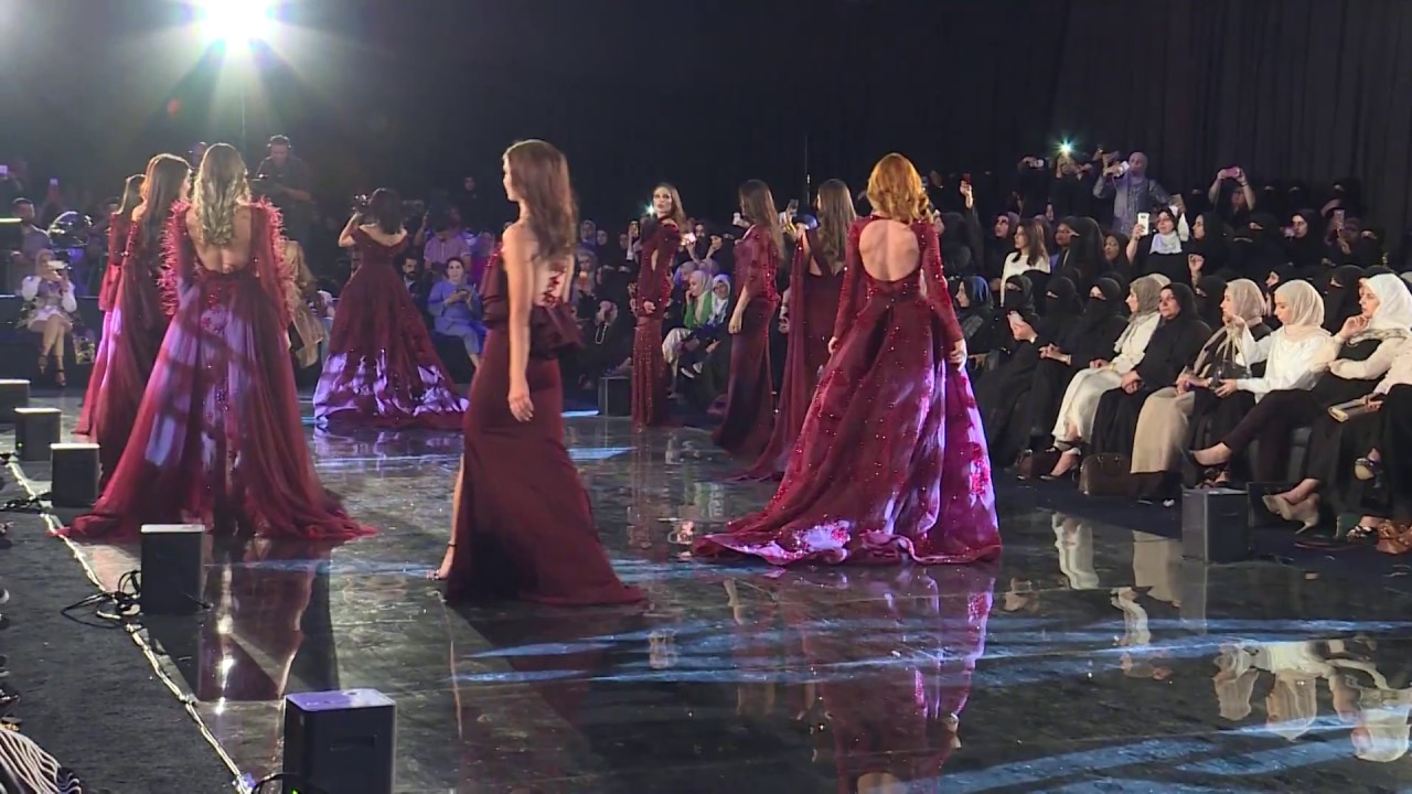 a11d7186bbb09 Fashion Show 2018 هديل المزيد - YouTube