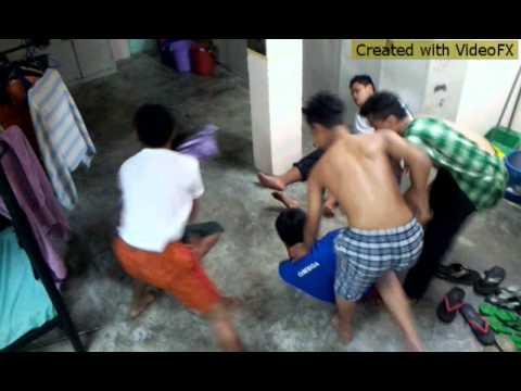 Lagenda budak hostel parody