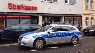 Sparkasse mit Messer überfallen - Filiale im Vorderen Westen Kassel