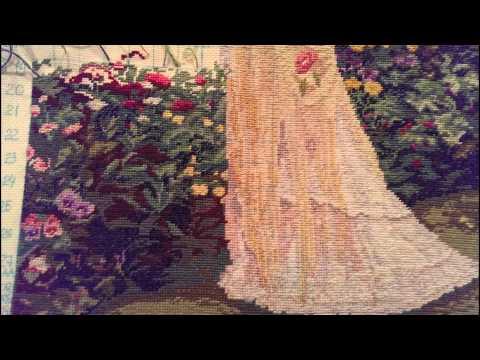 Готовая вышивка в ее саду