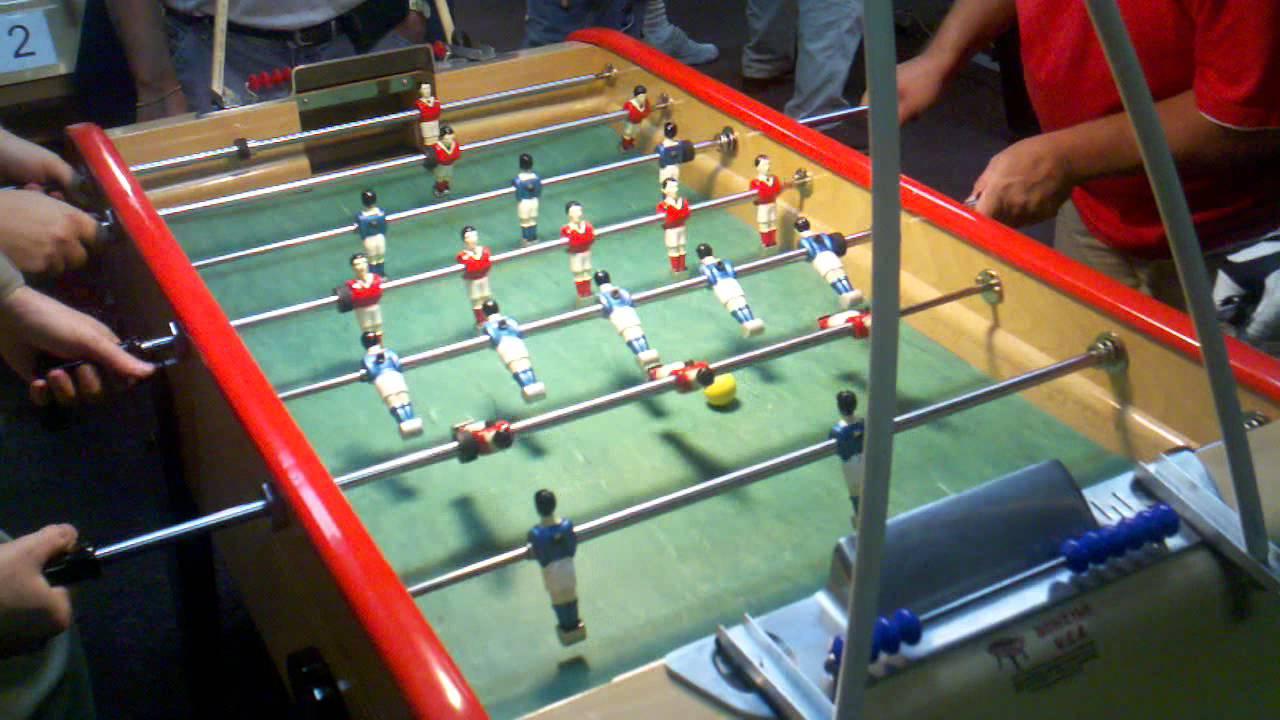 Bonzini Foosball Nardoci McGraw Vs Yates Heath YouTube - Bonzini foosball table