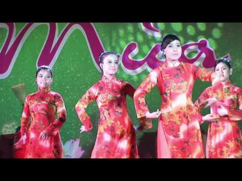 Múa: Việt Nam gấm hoa - VĐ Vầng Trăng + Sao Việt