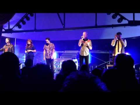 Pentatonix Live, Valentine