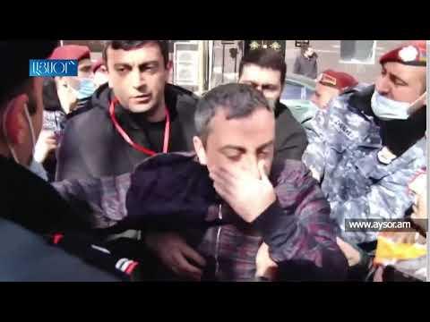 Իշխան Սաղաթելյանը վնասվածք է ստացել, երբ ոստիկանները բռնի ուժով փորձել են նրան բերման ենթարկել